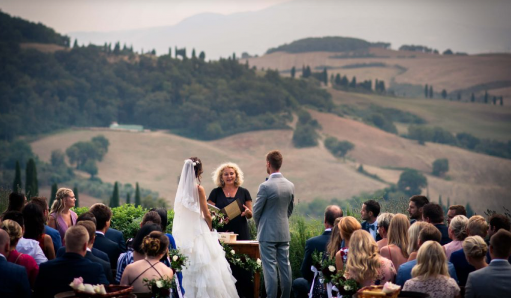 wedding ceremony in a villa in tuscany