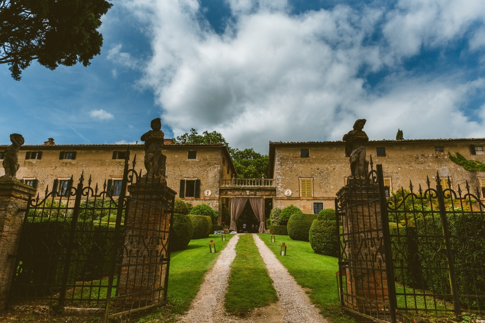 best historical places to get married in tuscany