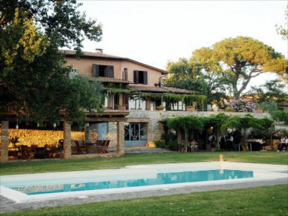 best places hamlet to get married in tuscany