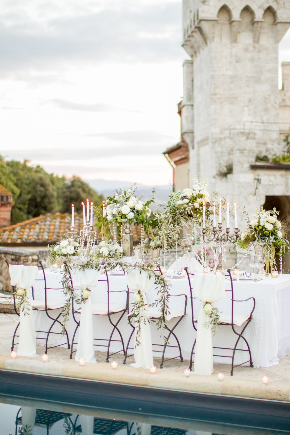table setting in a castle for wedding in siena