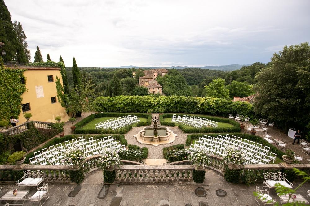 ceremony in a charming wedding villa