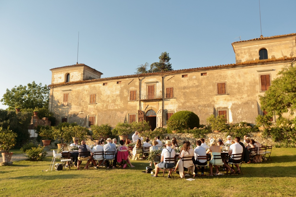 country chic real wedding dinner setup in tuscany