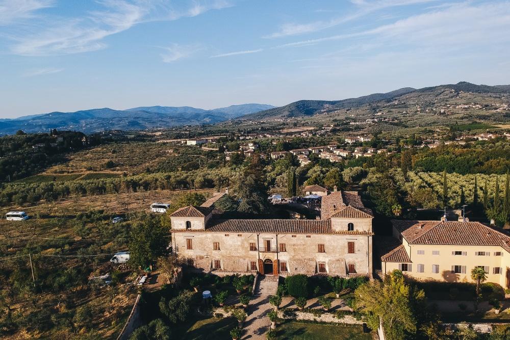 destination wedding chianti aerial view of a rustic villa