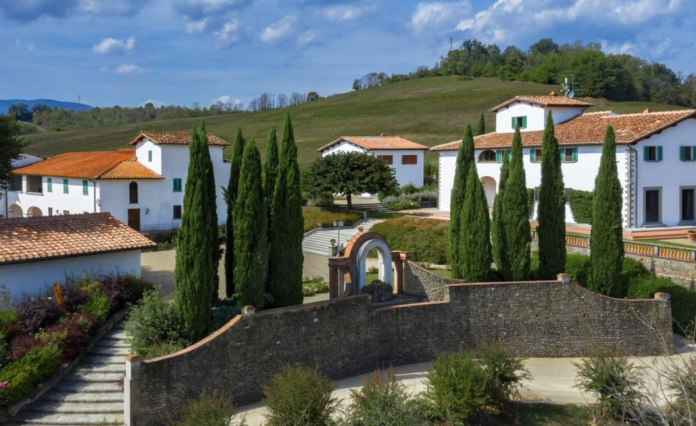 destination wedding luxury resort in italy