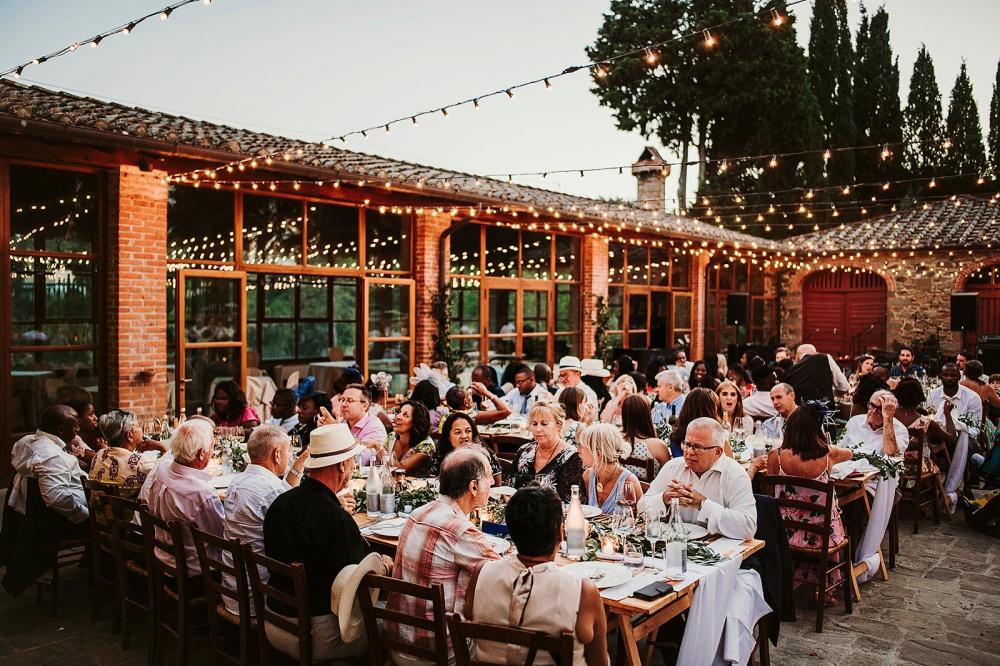 farmhouse for weddings reception in tuscany
