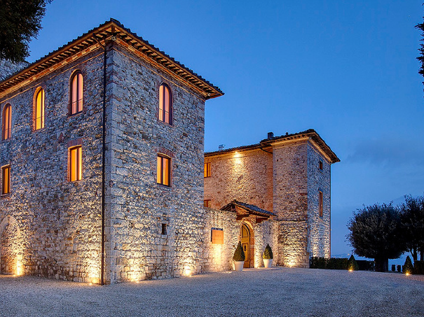getting married in a old castle in tuscany