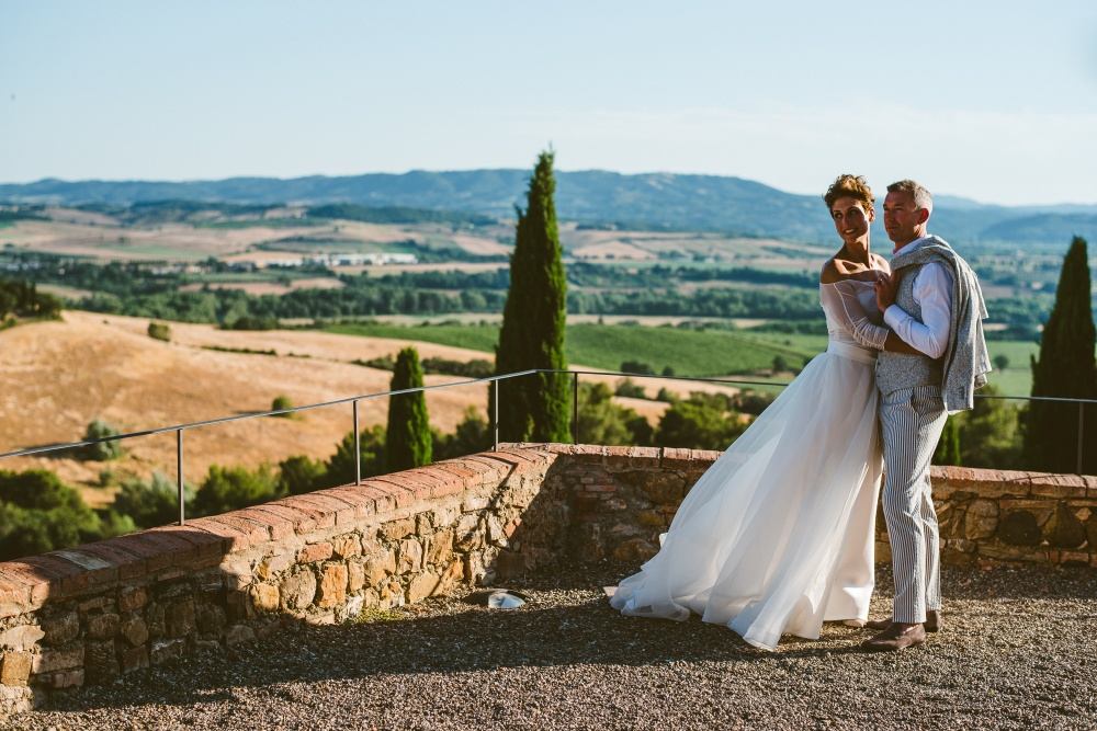 getting married in a venue with view in tuscany