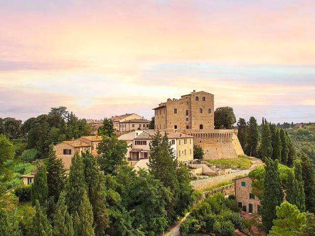 aerial view of a luxury wedding resort for hindu weddings in tuscany