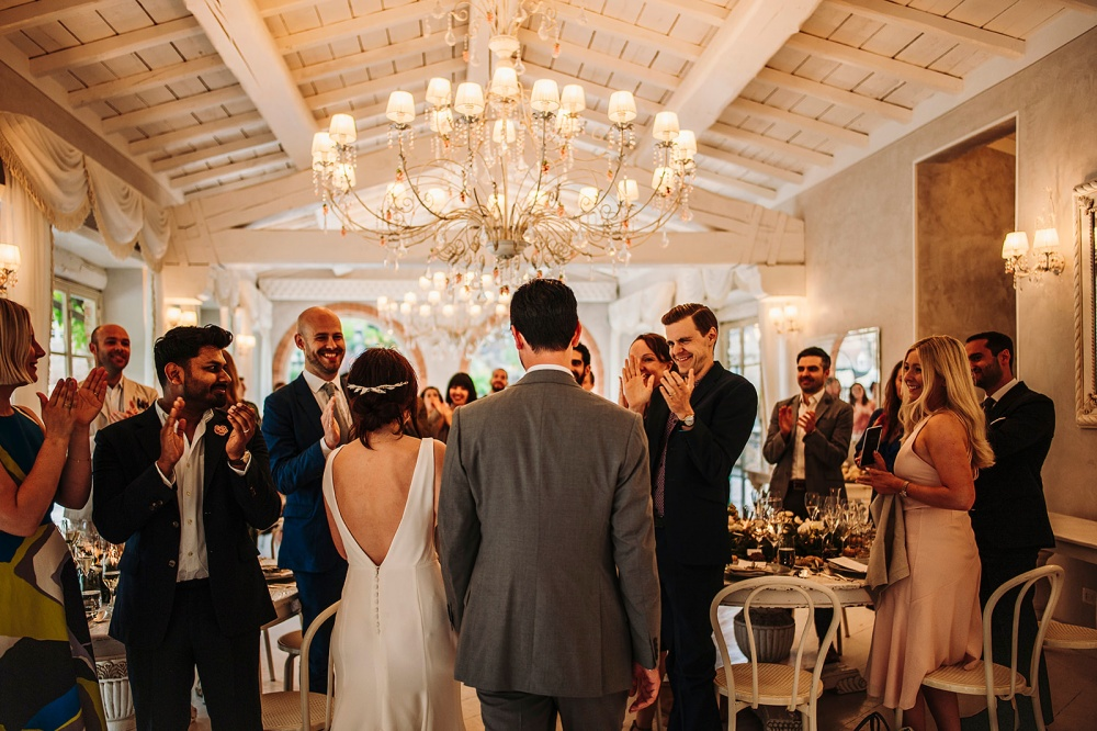 how to plan your wedding dinner in tuscany