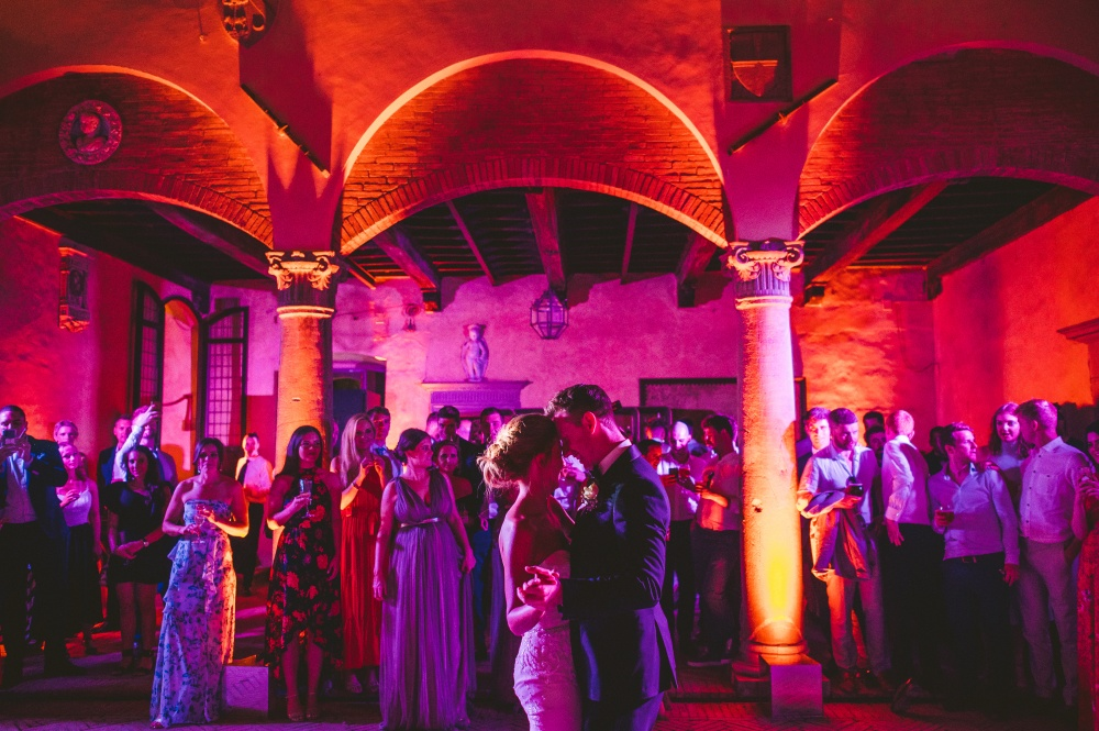 how to plan your wedding first dance in tuscany