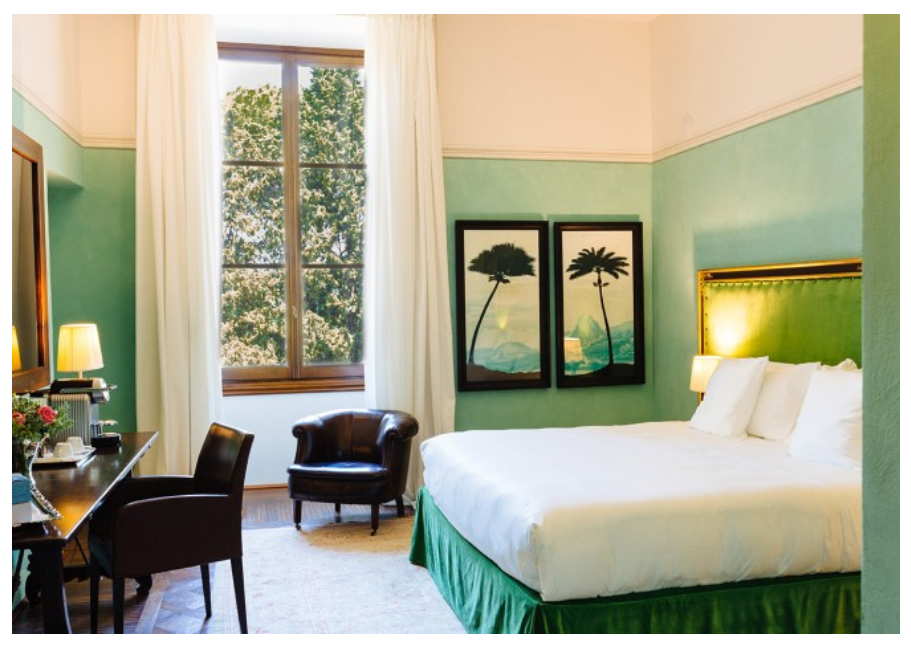 luxurious room in a hotel for wedding in florence