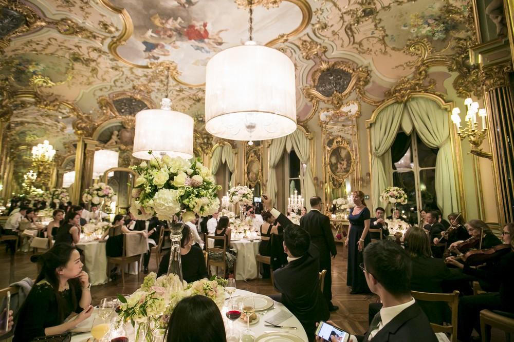 luxury hotel ballroom for weddings in tuscany
