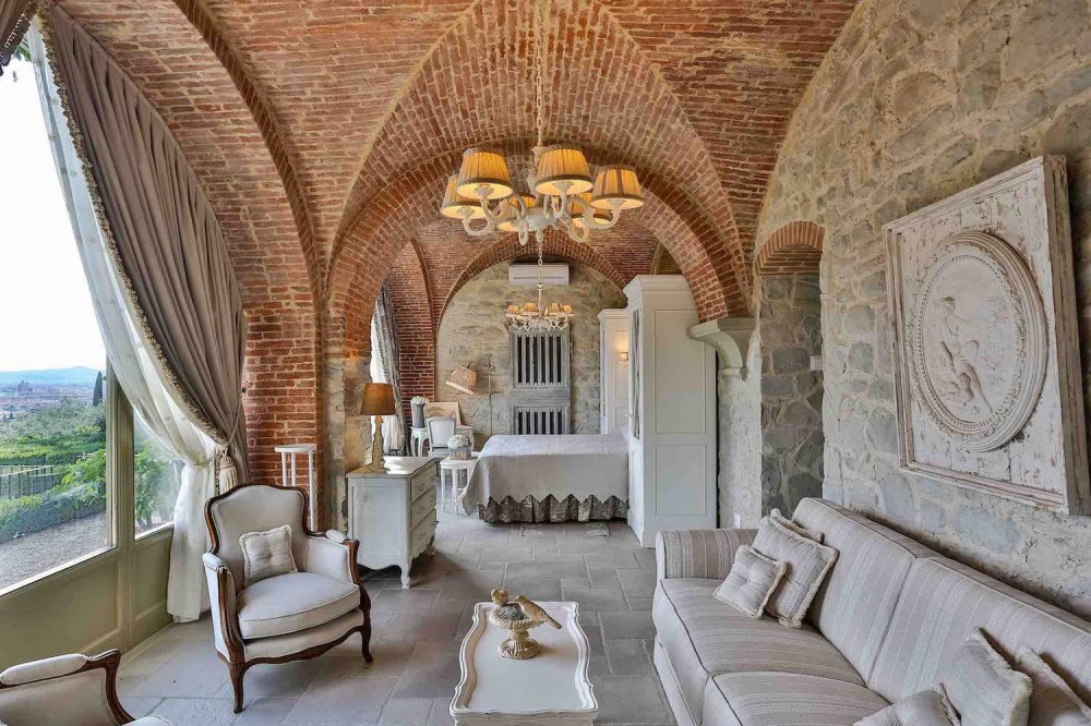 luxury room for weddings in a private villa