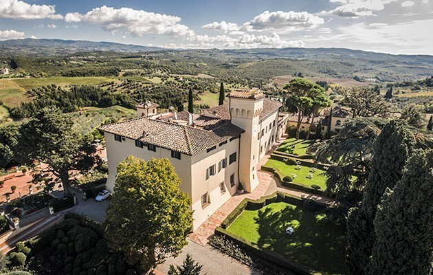 garden areas for wedding reception and ceremony in a castle in chianti tuscany