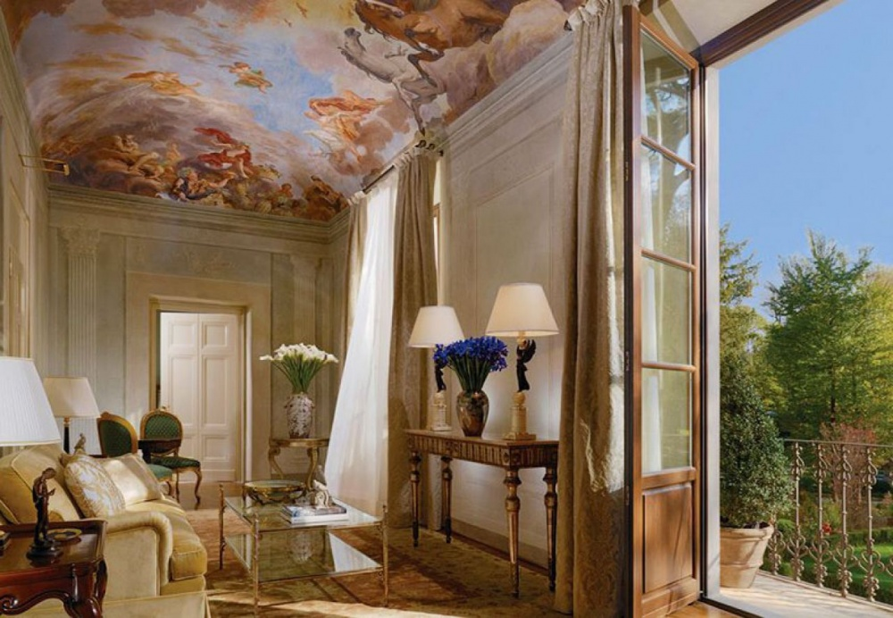 luxury wedding villa with rooms in florence