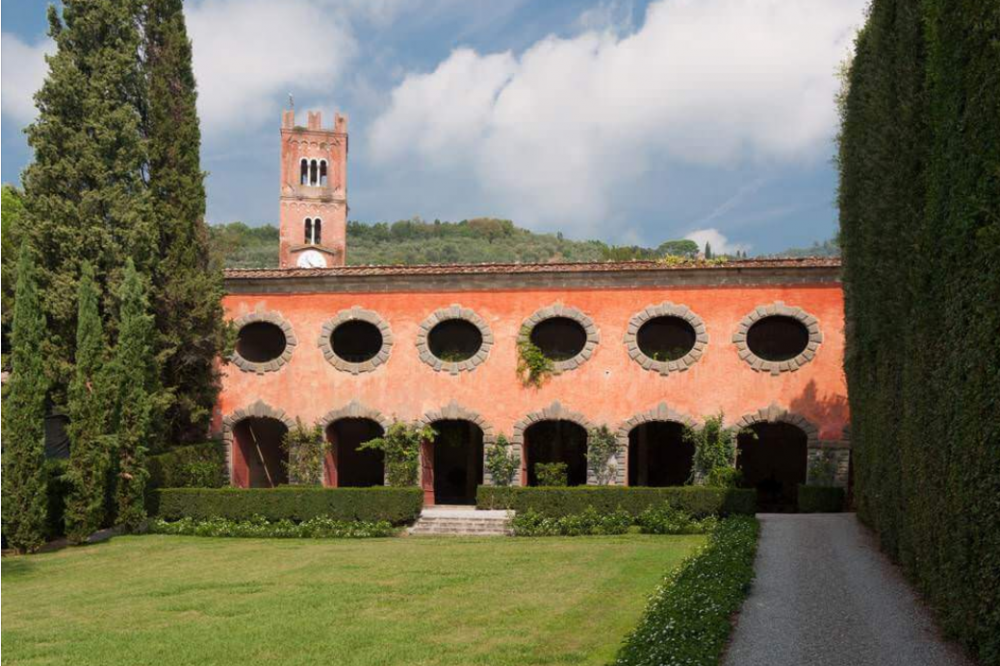 lemonhouse and its garden for wedding receptions and ceremonies in a villa in lucca