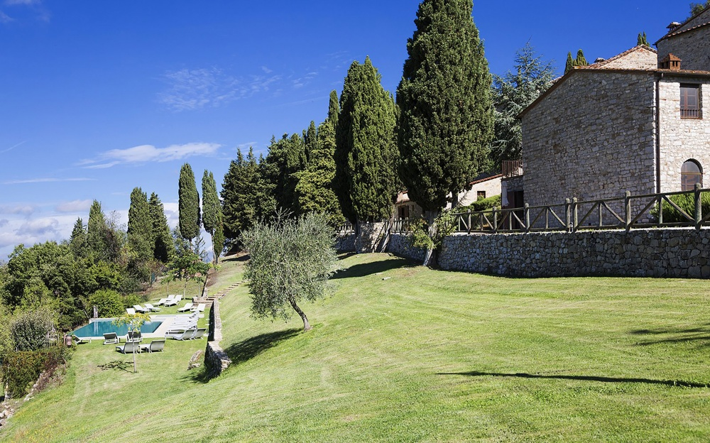 gardens with view for wedding reception and events in a hamlet in tuscany