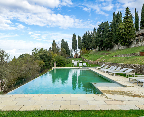 precious wedding hamlet with pool in tuscany