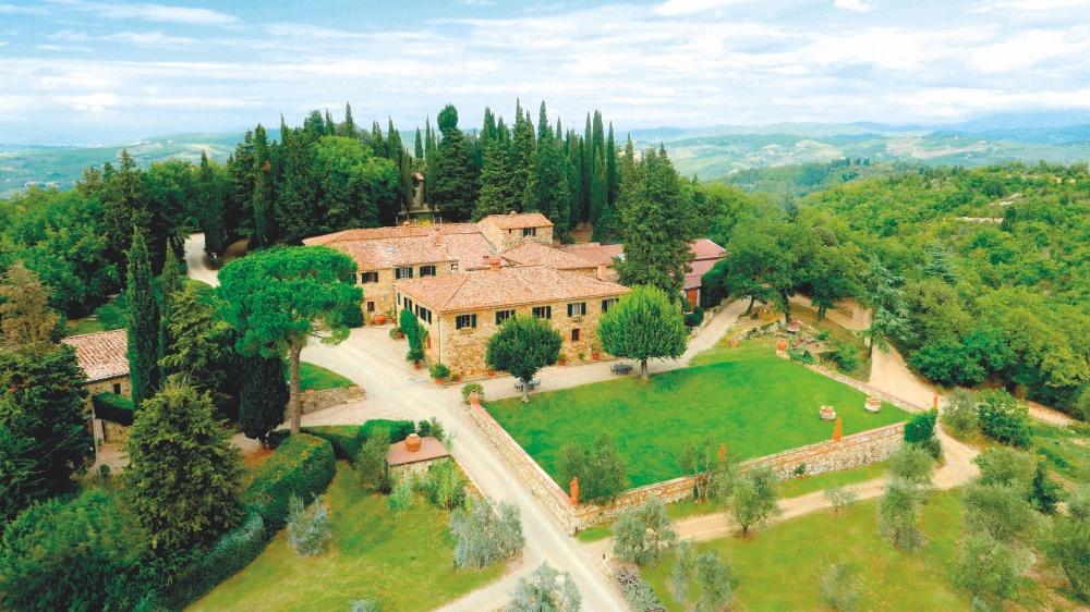aerial view of a romatic wedding farmhouse