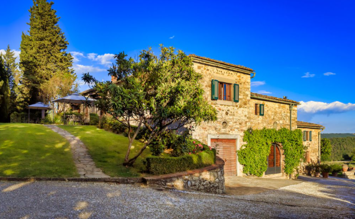 romantic garden for wedding in a farmhouse