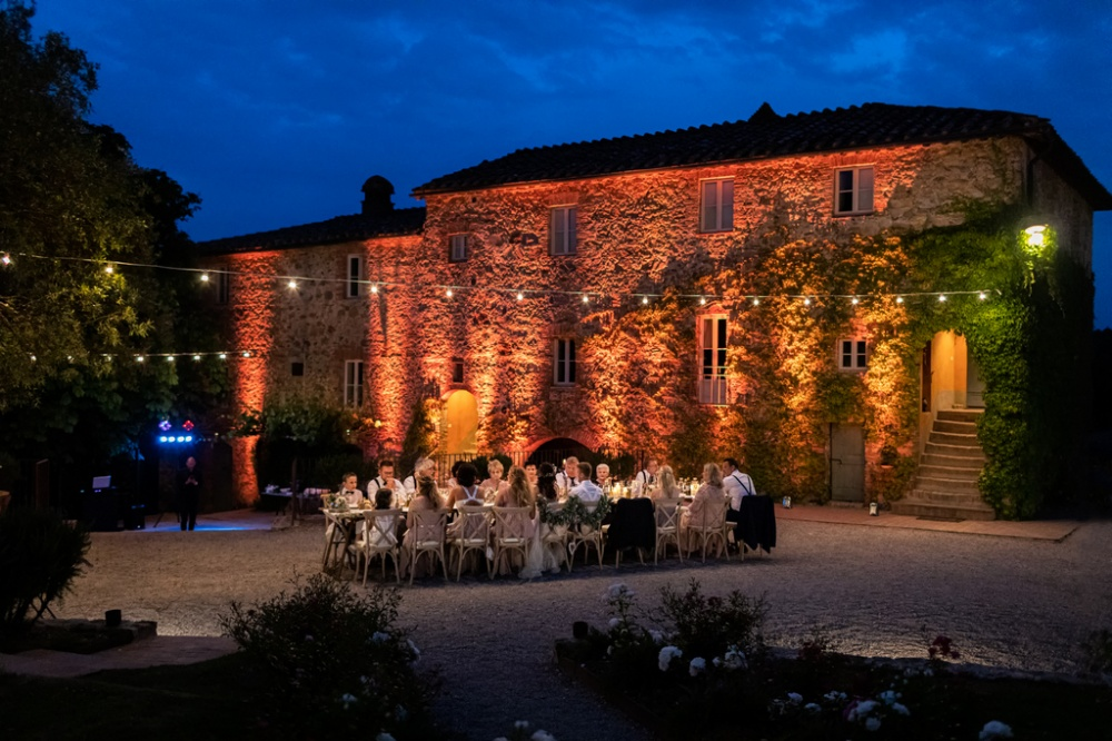 Wedding dinner outside in a romantic wedding villa Siena
