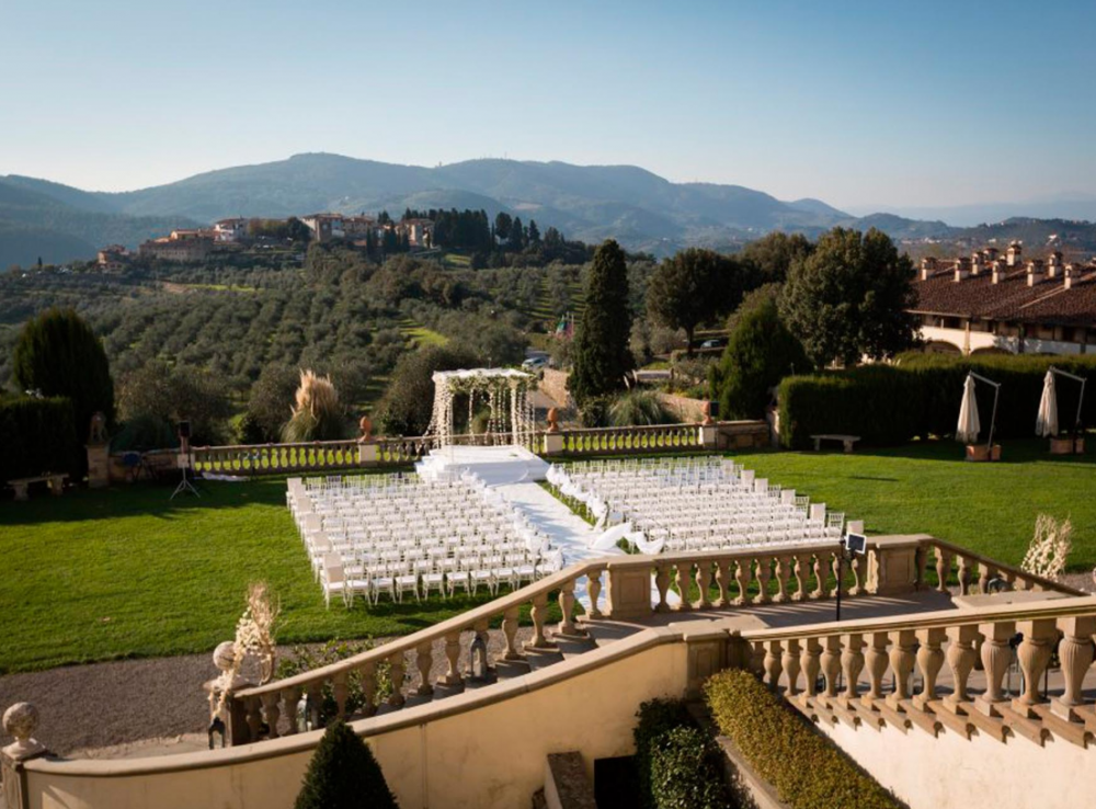 symbolic wedding with view in florence