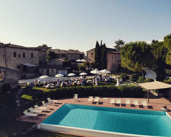 pool area for wedding in tuscany