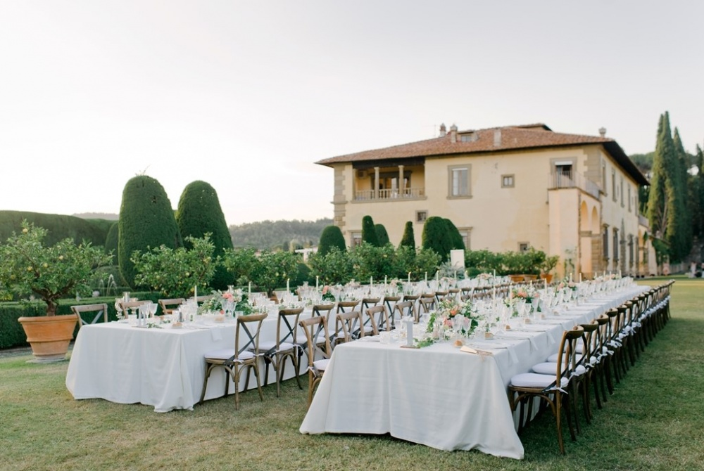 reception setting in a tuscan wedding villa