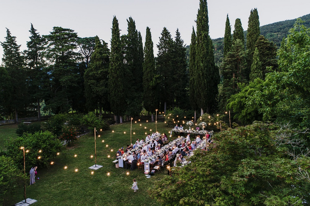 tuscany vibes country wedding garden decoration