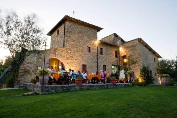 tuscany wedding hamlet locations in siena