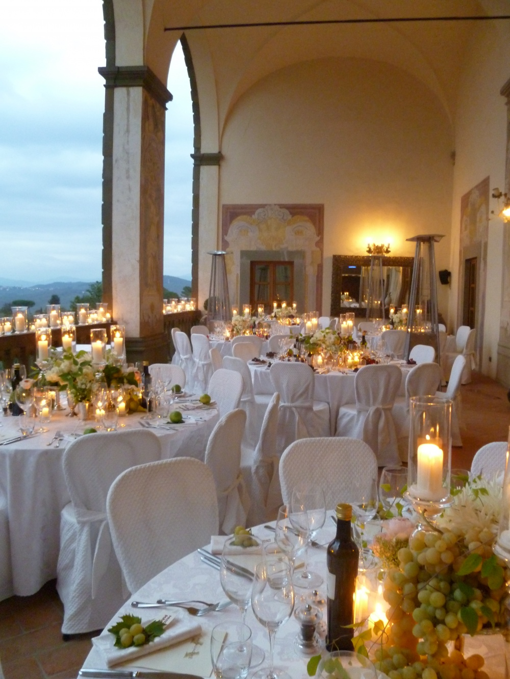 villa with loggia for florence wedding