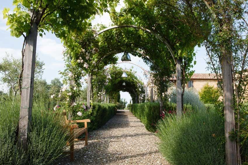 arch in a villa for weddings