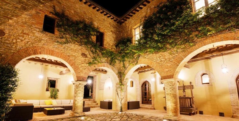 courtyard in a villa for weddings