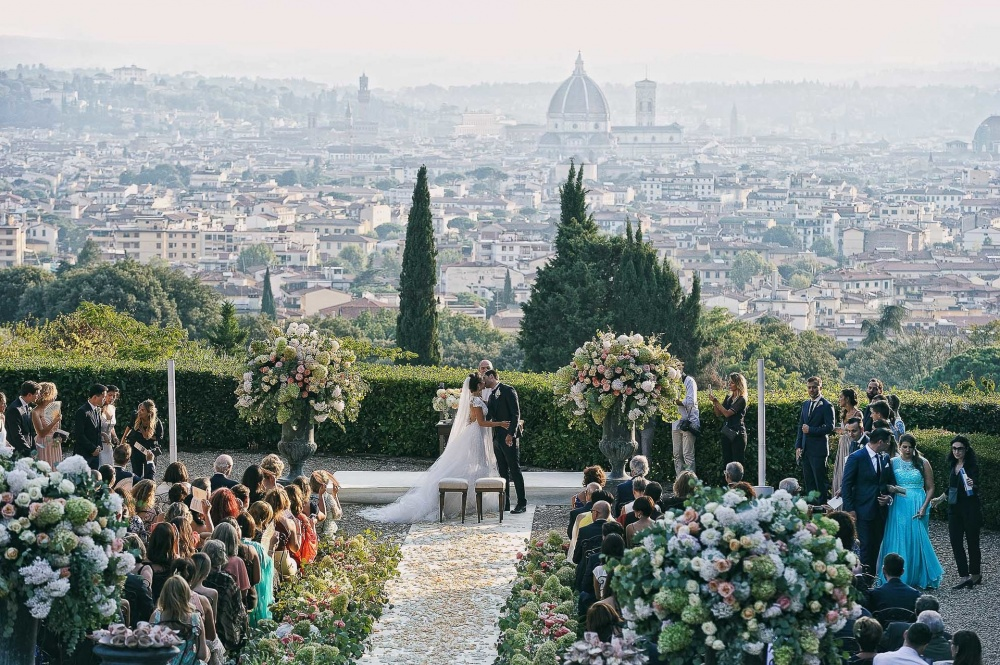 ceremony in a villa in florence