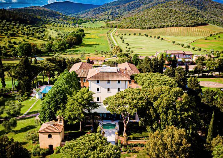 wedding villa in tuscany property view