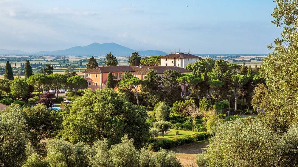 wedding villa in tuscany aerial