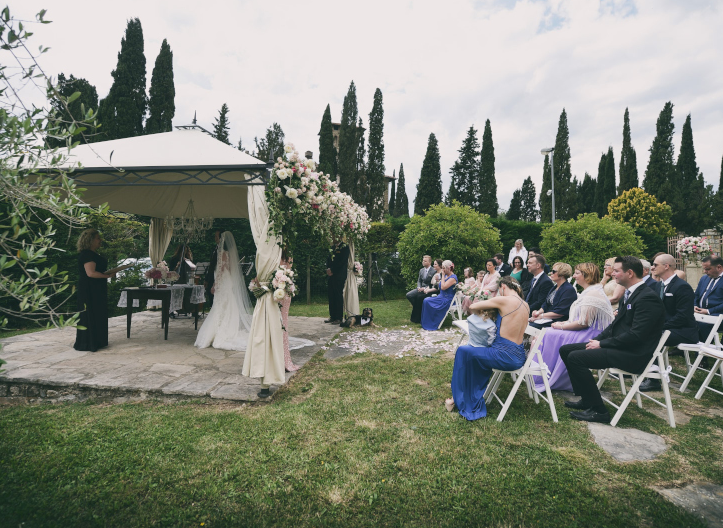 wedding ceremony in a castle in chianti