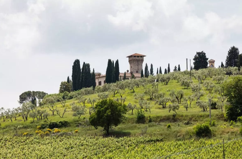 castle for wedding in chianti countryside