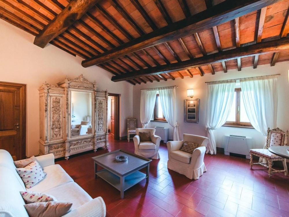 living room in a wedding castle in chianti