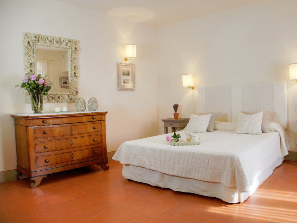 wedding castle with room in chianti tuscany