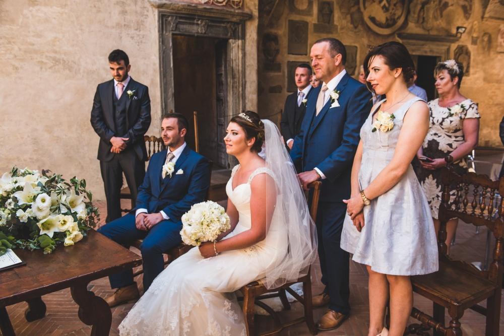 wedding civil ceremony setting in certaldo