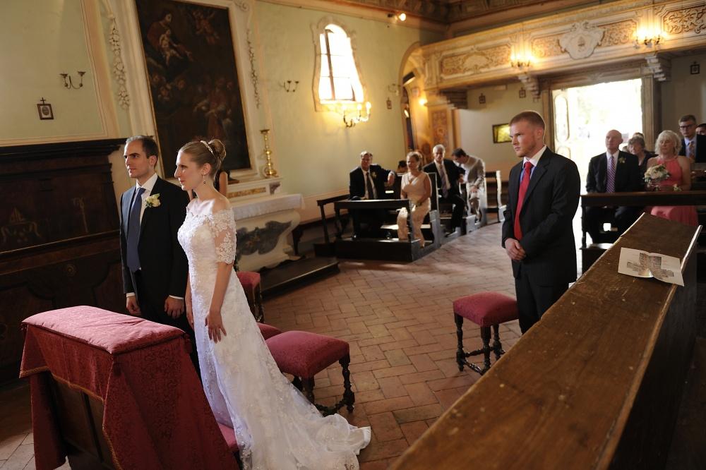 wedding catholic ceremony in cortona