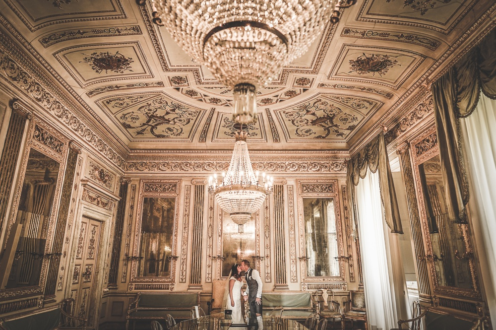 wedding civil ceremony shooting at lucca townhall
