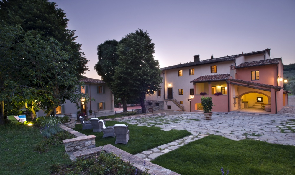 farmhouse for wedding in tuscany