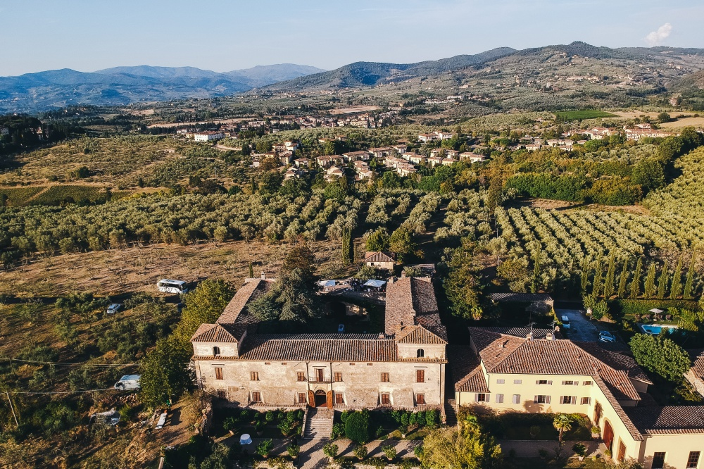 aerial view of a wedding rustic villa in florence