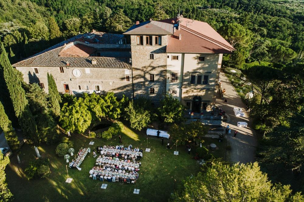 wedding dinner in a garden villa in florence