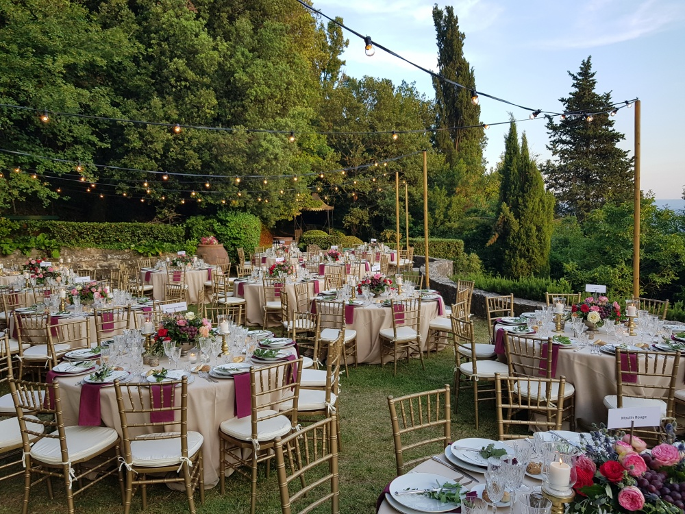 wedding dinner with view in a villa in florence