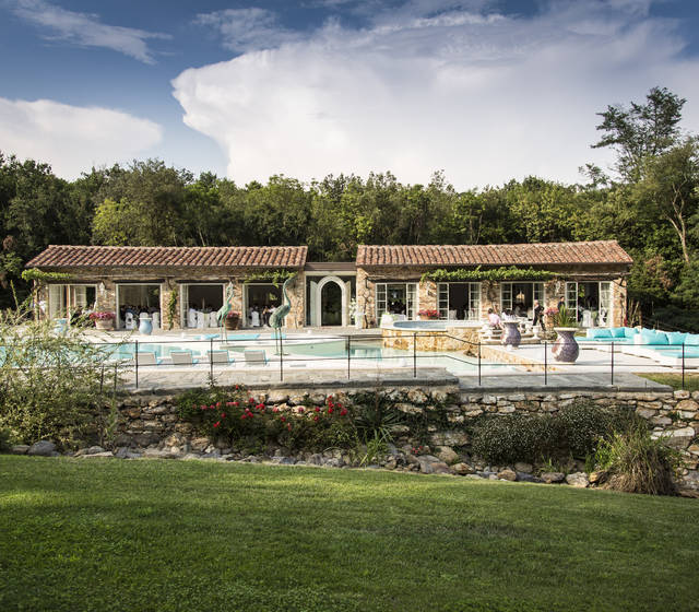 wedding villa with pool and orangerie in pisa