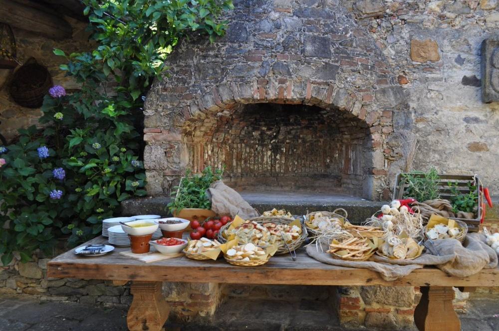 wedding villa with wood oven in pisa