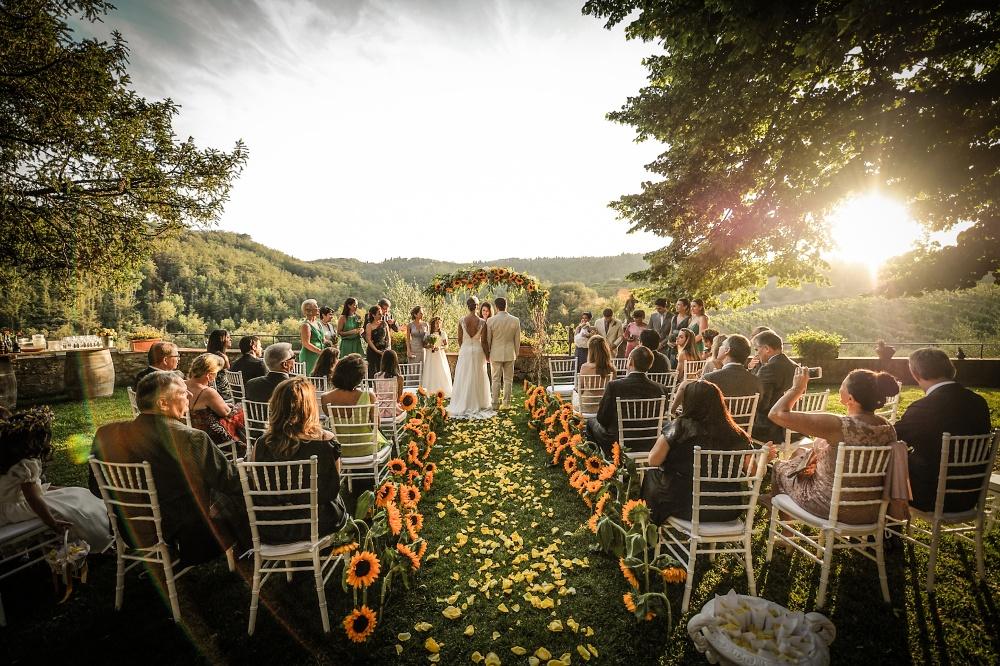 wedding ceremony in a villa in siena